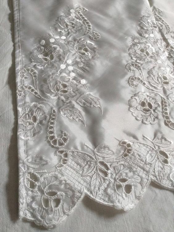 zasłonka biała haft