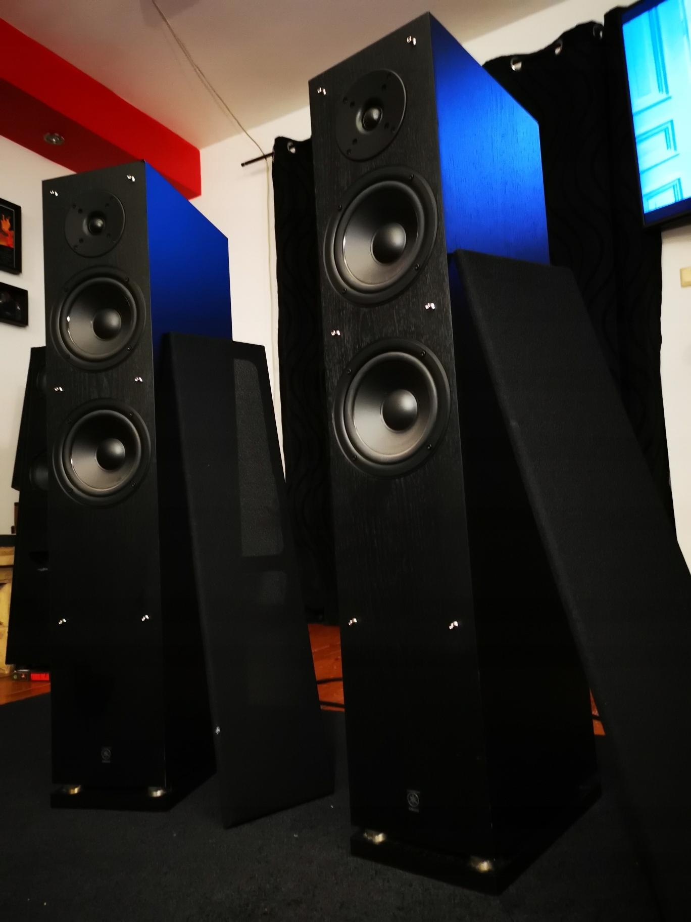 Kolumny podłogowe Yamaha NS-7900 - stereo / front