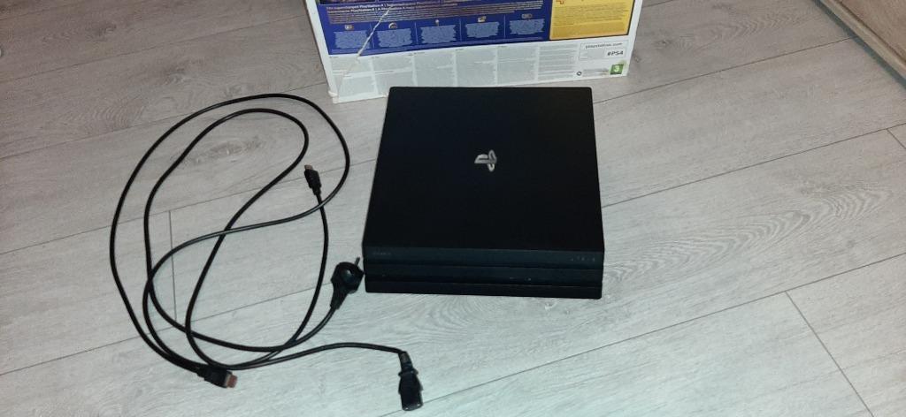 Konsola PS4 Pro 1TB Cuh-7116B